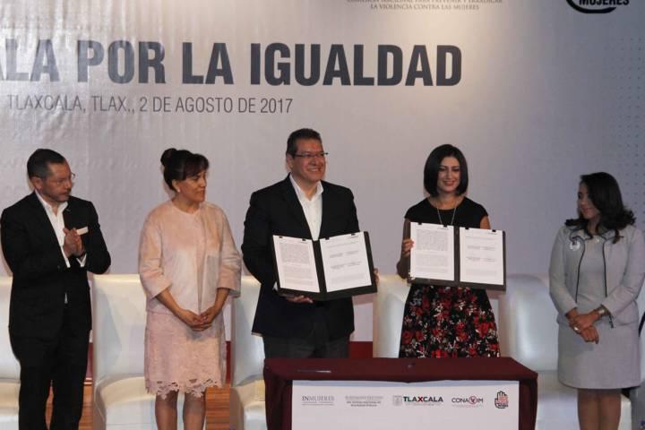 Gobierno comprometido con igualdad de mujeres y hombres: Marco Mena