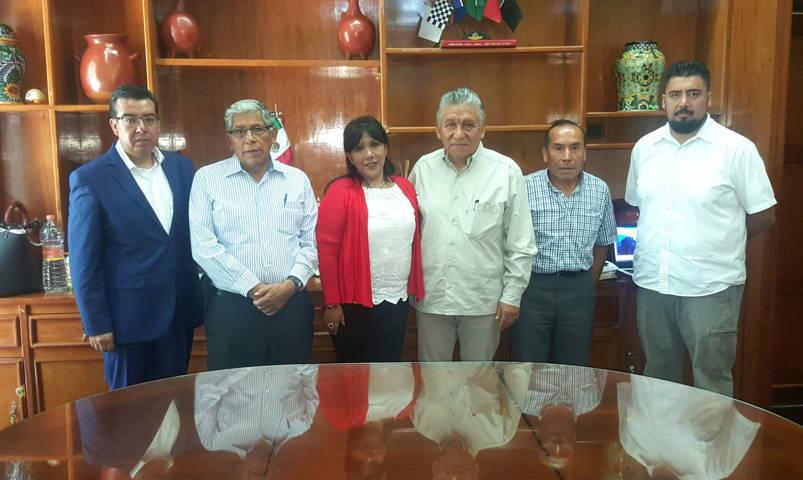 Firman comuna de Tlaxcala y Sedatu convenios para obra y vivienda