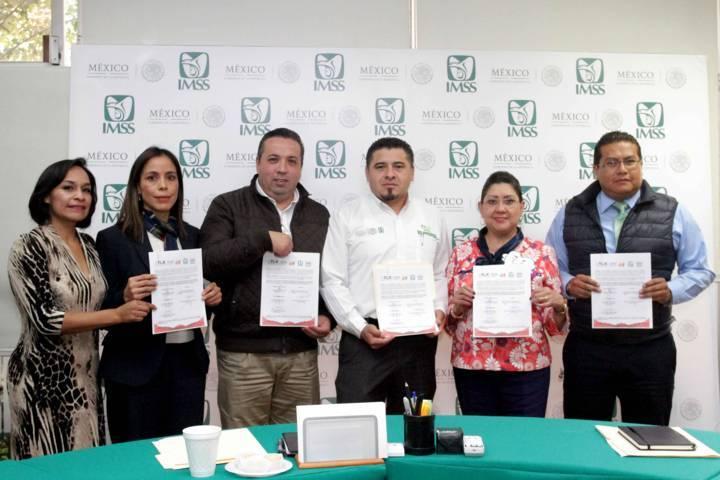 Firman convenio para instalar módulos del registro civil en hospitales