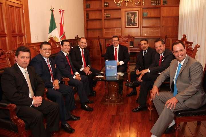 Se reúne Marco Mena con Presidente Nacional de Coparmex