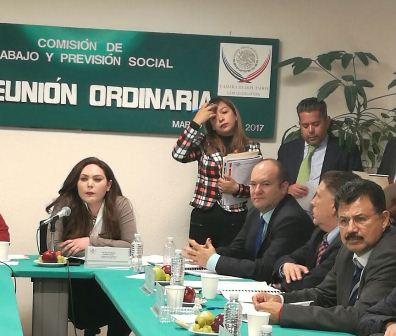 Busca diputado Juan Corral  mejorar condiciones laborales