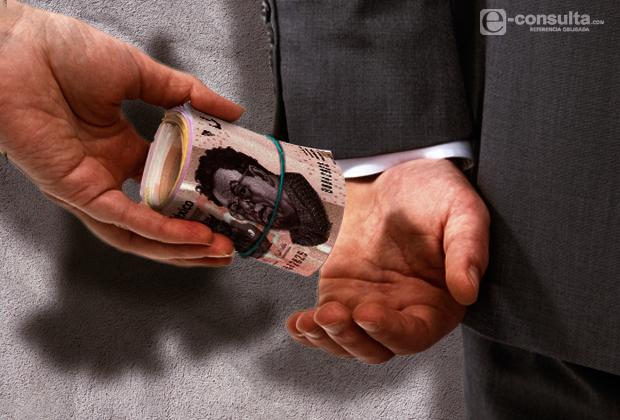 """Tlaxcala en """"modo de pausa"""" y corrupción"""