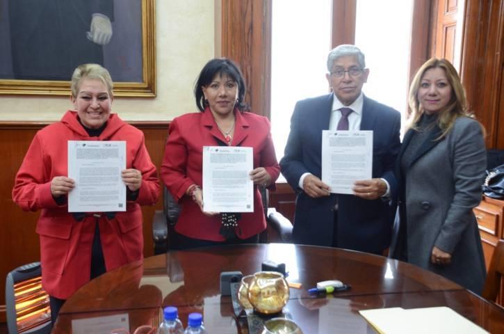 Firman convenio colaborativo municipio de Tlaxcala y Cossies
