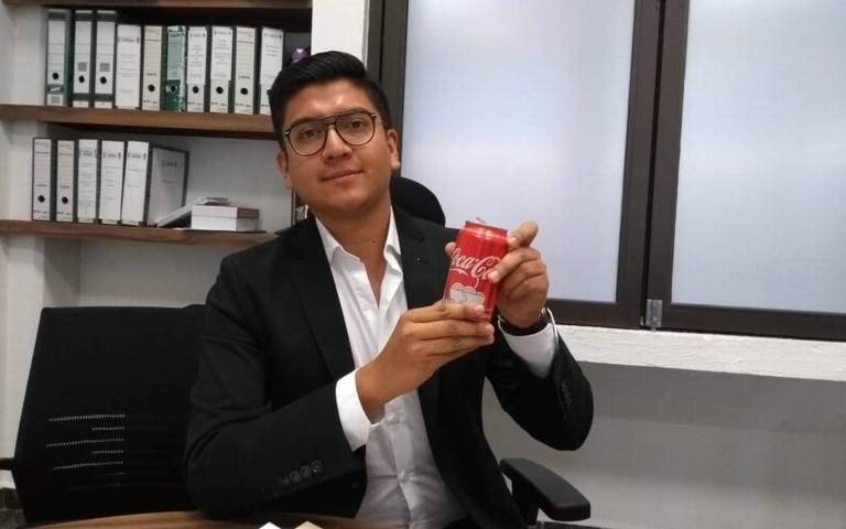 Apizaquenses respaldan propuesta de #LeyCocaCola: Miguel Ángel Covarrubias