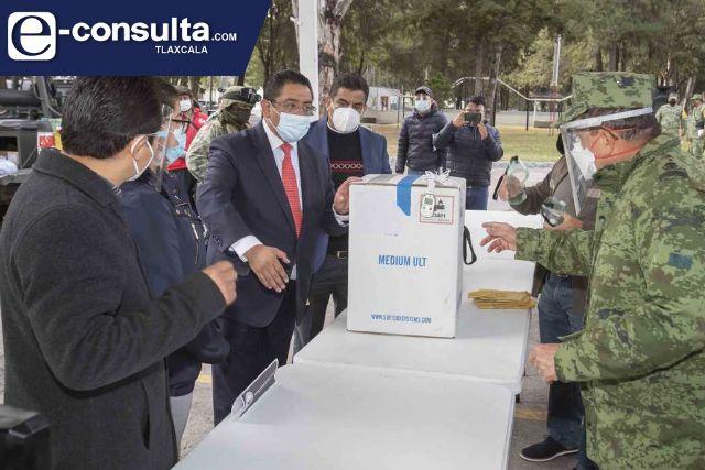Recibe SESA vacunas contra Covid-19 para personal médico de Tlaxcala