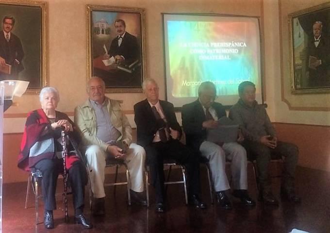 Imparten conferencia sobre ciencia prehispánica en la Capital