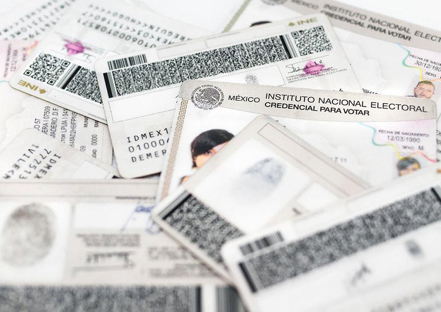 Colabora INE Tlaxcala en triturar credenciales para votar de puebla