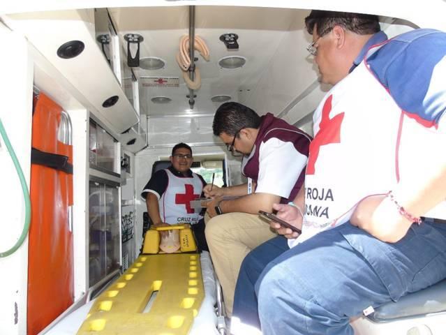 Realiza Crumt revisión de ambulancias del estado