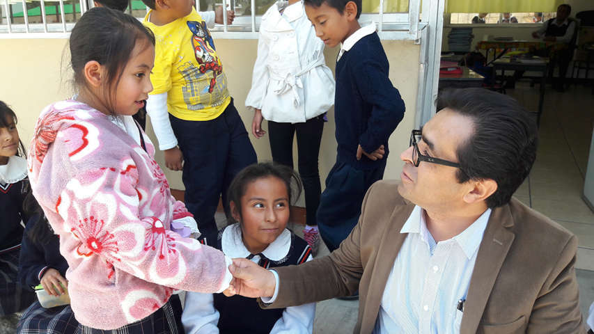 El futuro de la sociedad está en manos de los maestros: Camacho Higareda