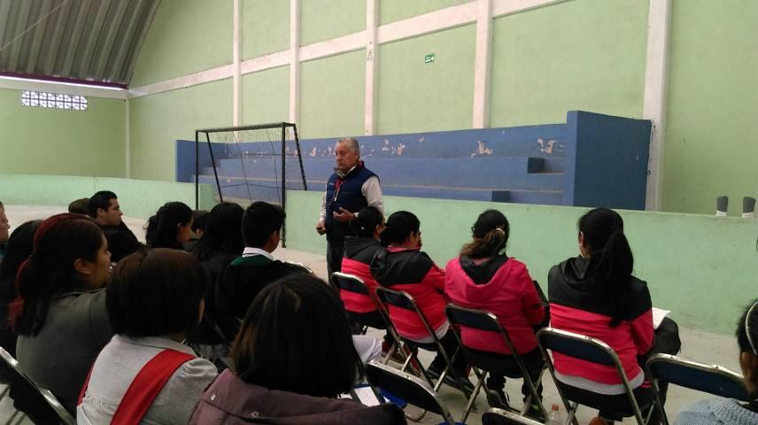 Participan Maestros y ciudadanía de Ixtenco en curso básico de búsqueda y rescate