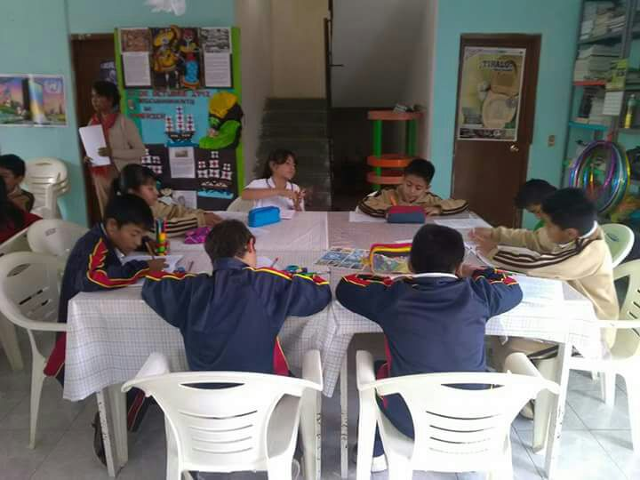 Biblioteca Nicanor Serrano invita a los niños a inscribirse a los diferentes cursos