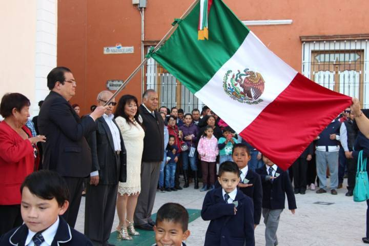 Sánchez Jasso encabezó el 197 aniversario del Día de la Bandera