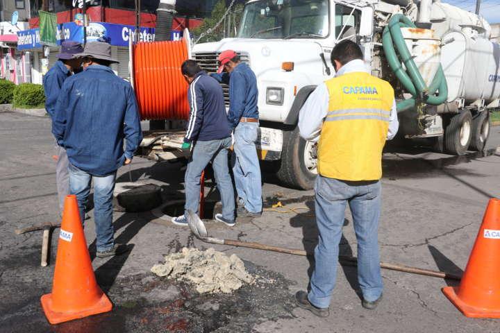 Se intensifican trabajos de desazolve de alcantarillas en Apizaco