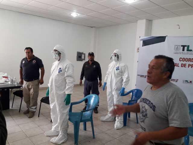 Capacitan a elementos de servicios de emergencia ante Covid-19 en Totolac