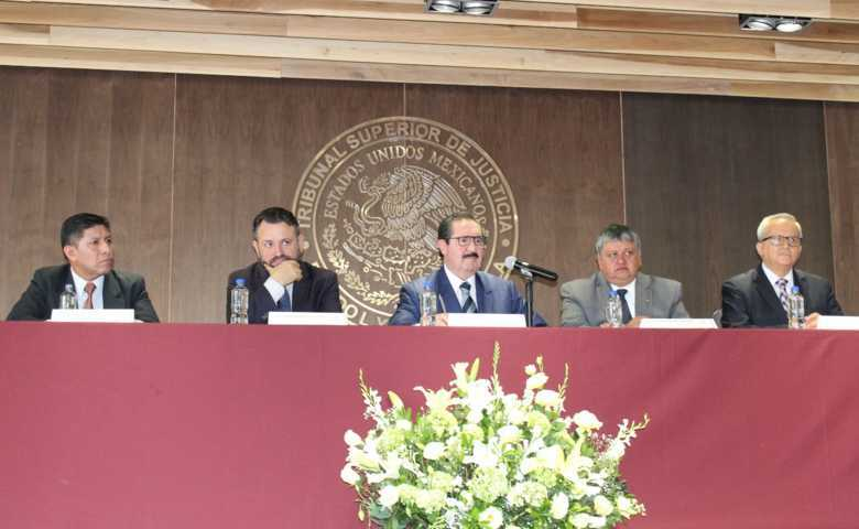 Realizan Poder Judicial diálogos sobre mediación en materia familiar