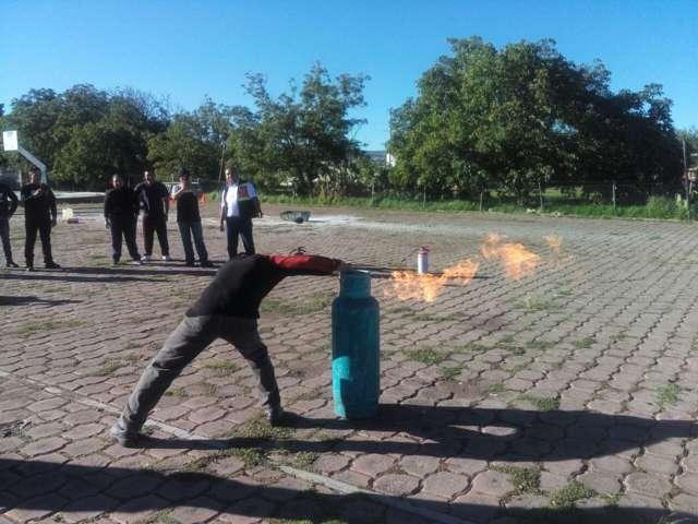 Culminan policías de Tlaxco capacitación de Protección Civil