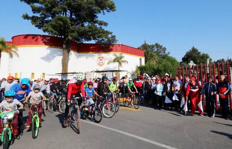 Verificó la UATx la 5ta. edición del paseo ciclista universitario