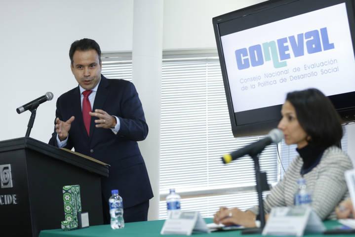 Reconoce Coneval a la Sedesol con galardón de políticas públicas