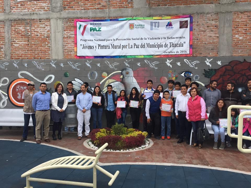 Clausura Imjuvet Curso de Muralismo donde participaron 200 jóvenes de la ciudad capital