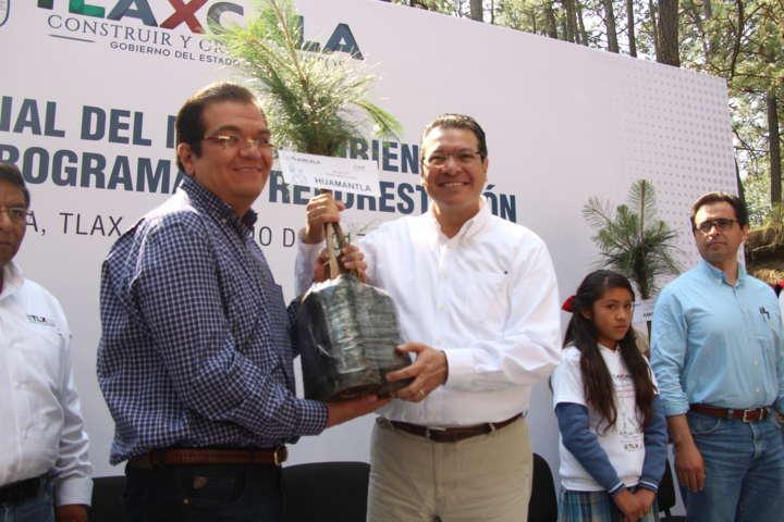 El gobernador inicia programa de reforestación 2017 en la Malinche