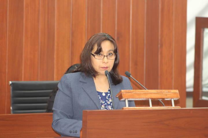 Proponen que mujeres ocupen el 50% de cargos administrativos en ayuntamientos
