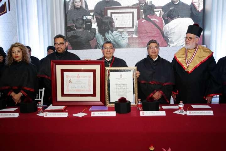 Impone UAT investidura Homo Universitatis Summa Cum Laude al Dr. Serafín Ortiz Ortiz