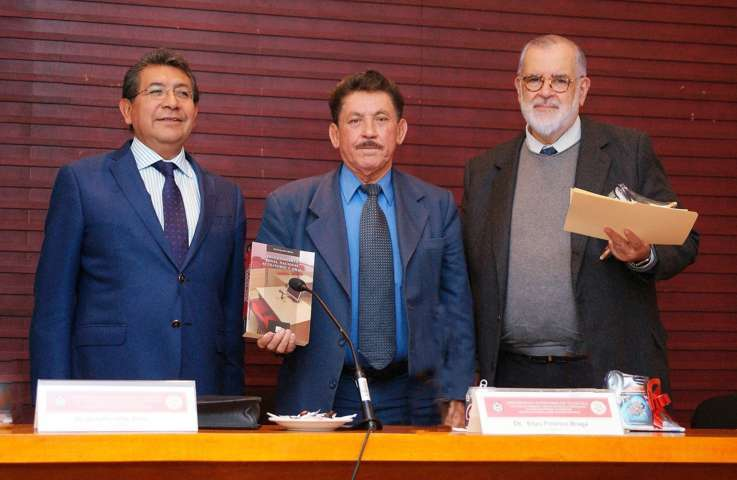 """Presentó el CIJUREP de la UAT el libro: """"Procedimiento penal nacional acusatorio y oral"""""""