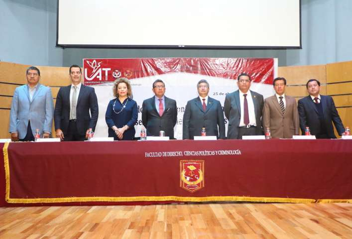"""Efectuó la UAT el """"Segundo ciclo de conferencias en temas selectos de Ciencias Sociales"""""""
