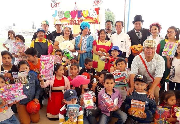 Festejó la UAT a niñez de comunidades vulnerables
