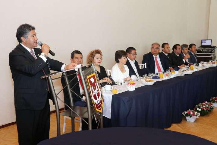 Se reúne Rector de la UAT con representantes de medios de comunicación