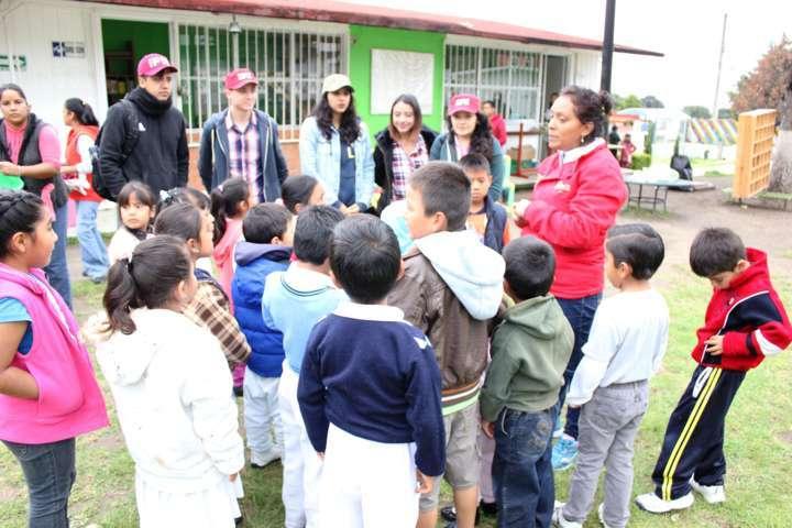Trabajan especialistas del IPN en Apetatitlán; visitan kínder de Tepetomatitlán