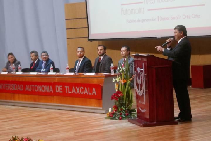 Celebró UAT ceremonia de graduación de la Facultad de Diseño, Arte y Arquitectura