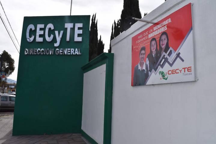 Atiende Cecyte  a padres del plantel Tlalcuapan
