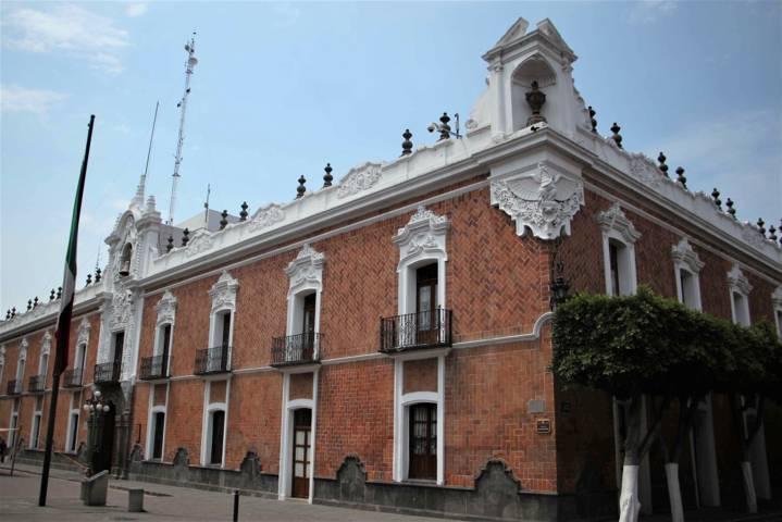Atiende SEGOB a comisión de pobladores de Ixtenco