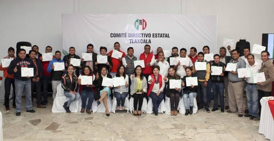 Entregan nombramientos a coordinadores de Estrategia Digital del PRI