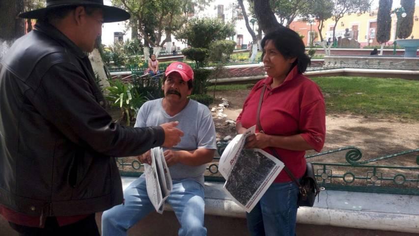 Realiza caminata José de la Luz por las calles de Ixtenco
