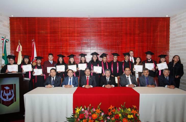 Egresó generación 34 de la Lic. en Ciencias Políticas y Administración Pública de la UAT