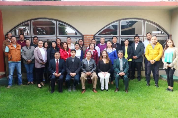 Capacitan a docentes de la UAT en emprendimiento y liderazgo