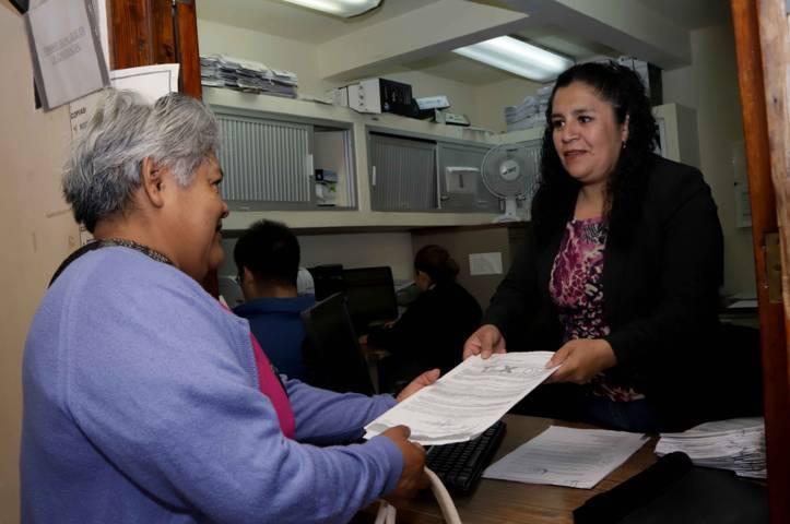 Entrega registro civil 243 actas de nacimiento corregidas en Tlaxco