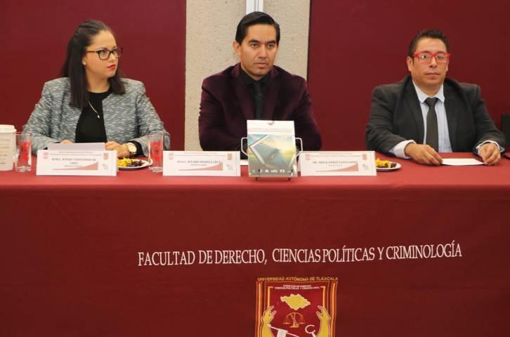 """Se presentó en la UAT la obra: """"Vademécum Criminológico. Diccionario de Ciencias Sociales y Penales"""""""