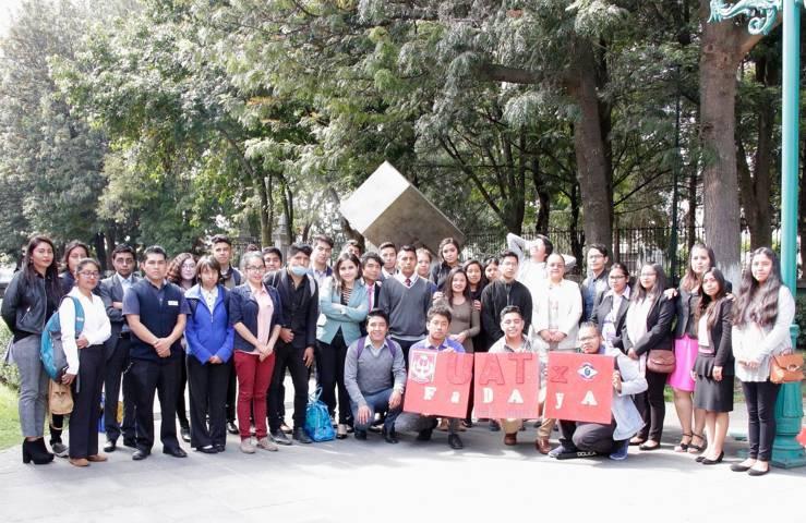 Ganan estudiantes de la UATx premios en artes visuales