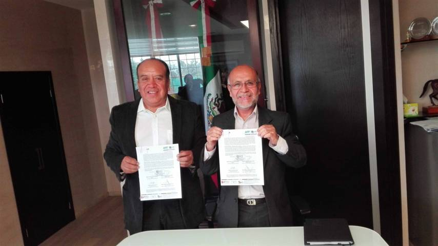 La UPTx e ITST firman convenio de colaboración isntitucional