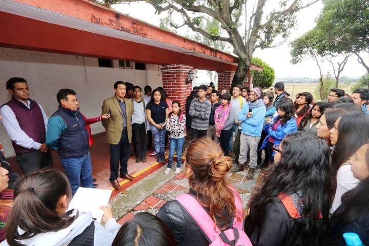 Atiende UAT inquietudes de estudiantes de la Facultad de Agrobiología