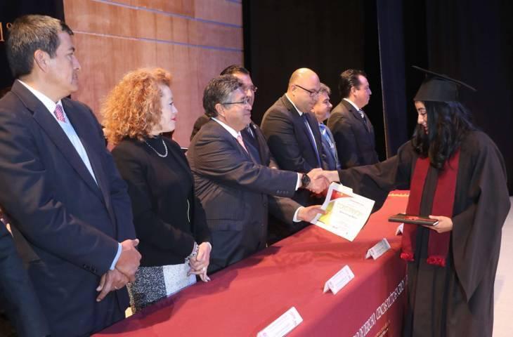 Egresa de la UAT generación 2013-2017 de la Licenciatura en Derecho