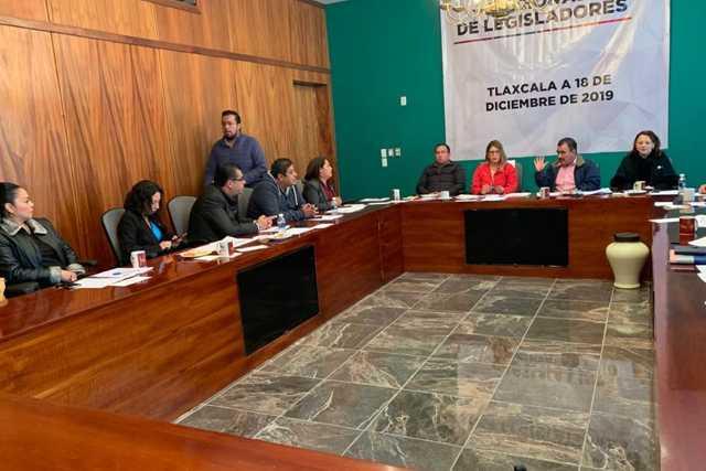 Diputados Federales y Locales, se reúnen en el Congreso del Estado
