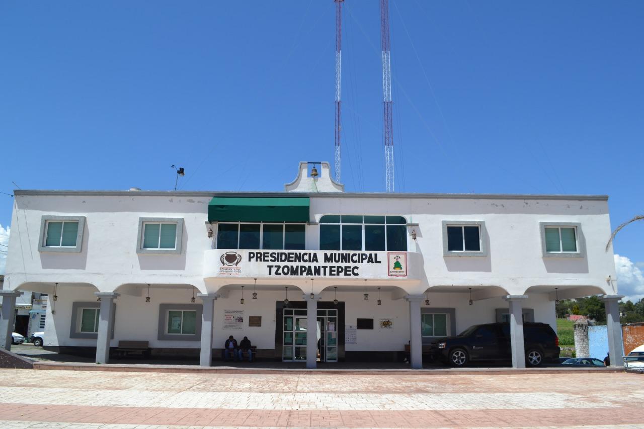 Reabren oficinas en el Ayuntamiento de Tzompantepec