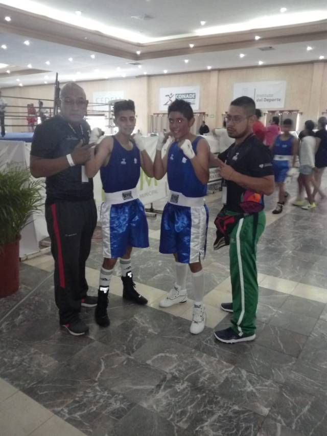 Ganan tlaxcaltecas tres medallas de oro en Torneo Chinelo de Box