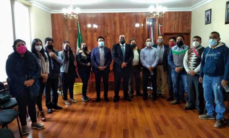 Alcalde electo de Tetlanohcan se reúne con la administración en turno