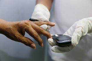 Cuenta Issste con tecnología para detectar problemas de diabetes