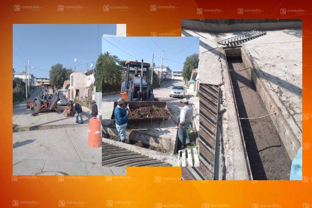 En San Lucas Tecopilco implementan programa de desazolve por temporada de lluvias